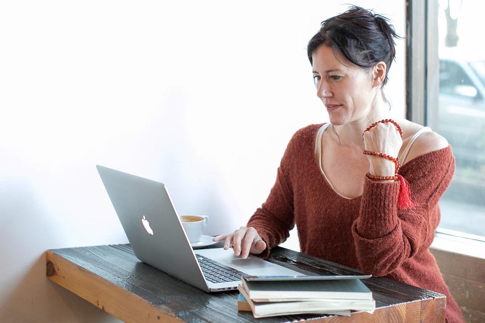 10 Opções de TRABALHO em Home Office